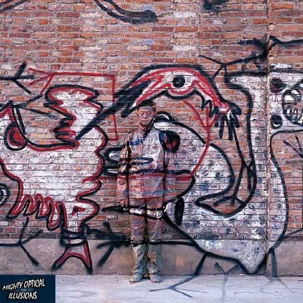 105-camouflage-paint-graffiti-moilog_232308.