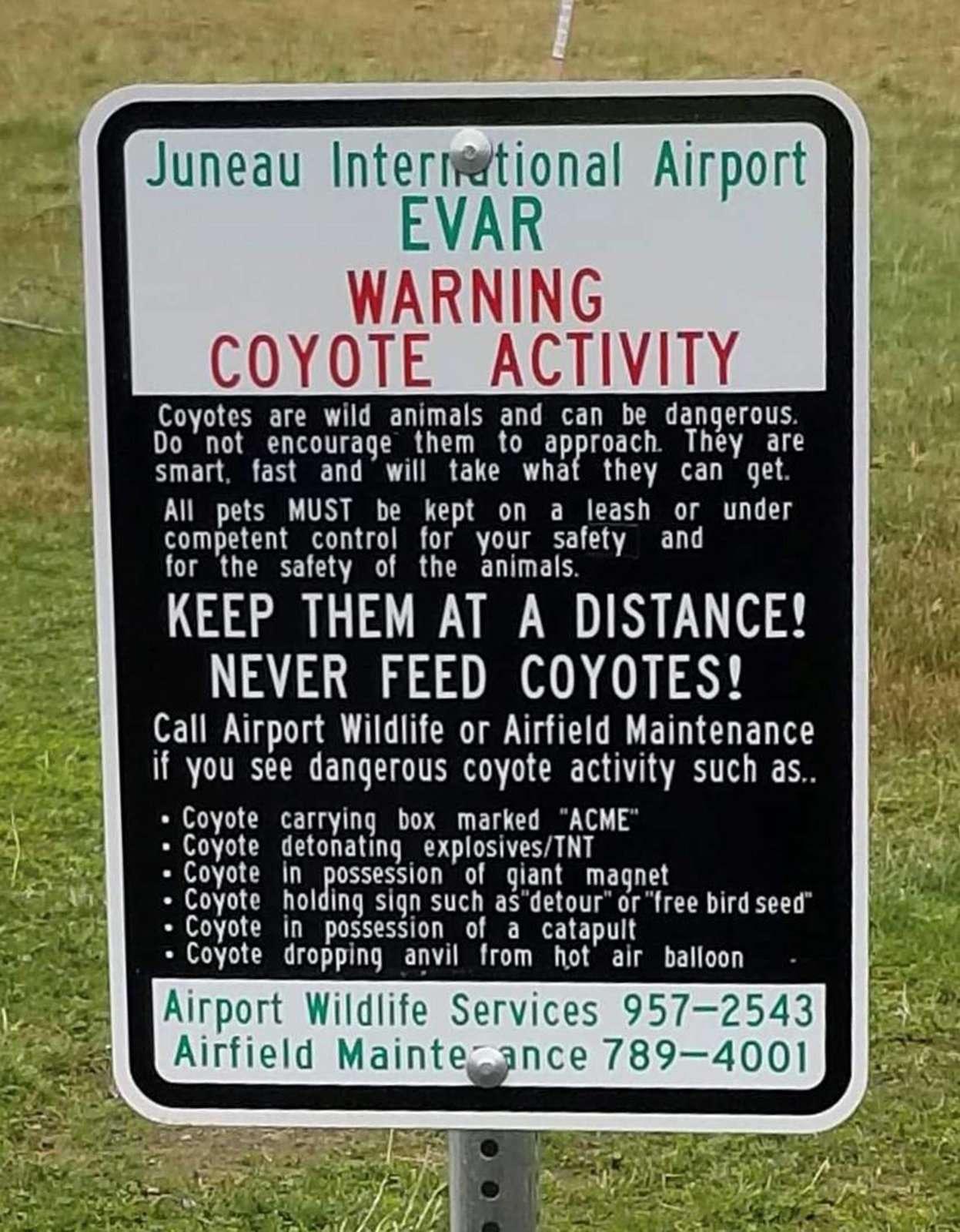 16760715_web1_airportsign-1024x1314@2x.
