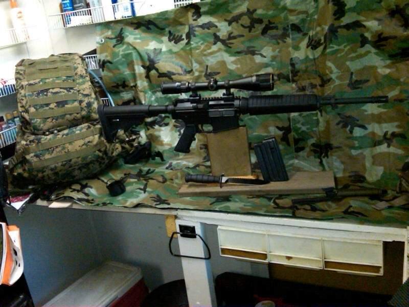 AR-10 083.