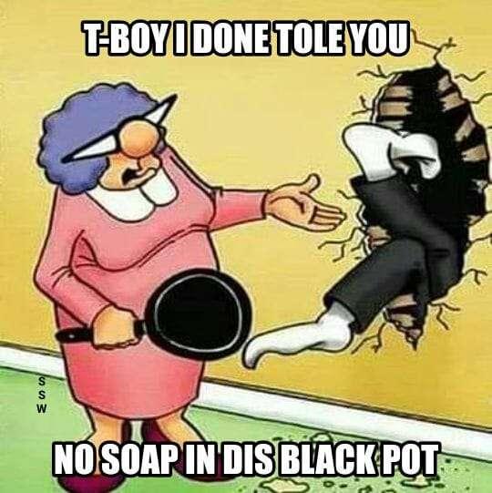 black pot.