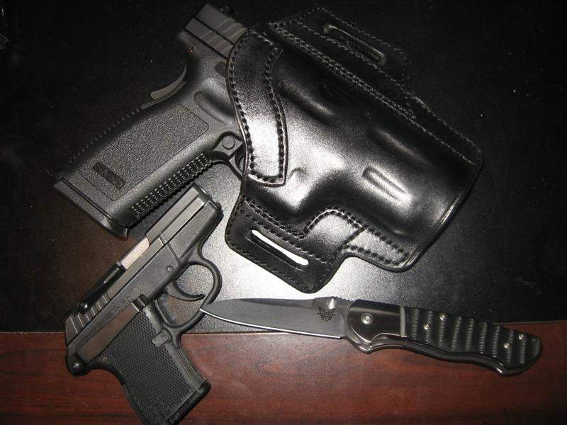 carry gear (Medium).