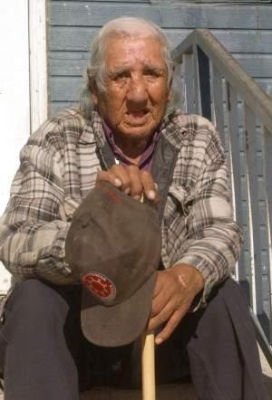 Last-Lakota-Code-Talker-Clearance-Wolf-Guts-Dies-at-86.