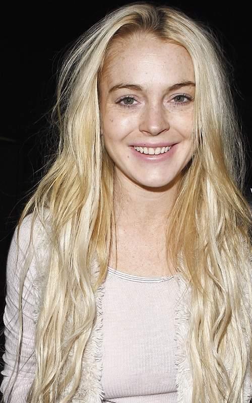 Lindsay-Lohan-Is-Pretty-Makeup-less.