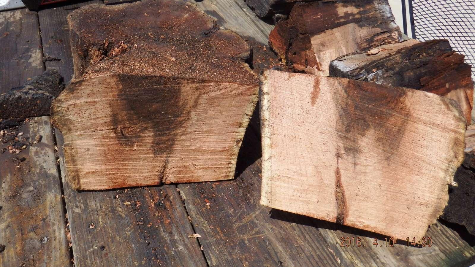 Mesquite Logs Split 1.JPG