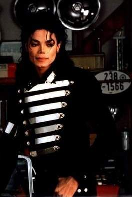 michael-jackson-military-jacket.
