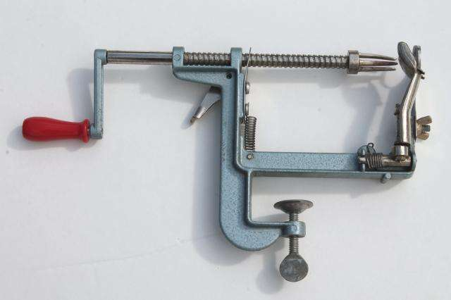 old-fashioned-metal-handcrank-apple-peeler-or-potato-peeler-Laurel-Leaf-Farm-item-no-z92866-4.