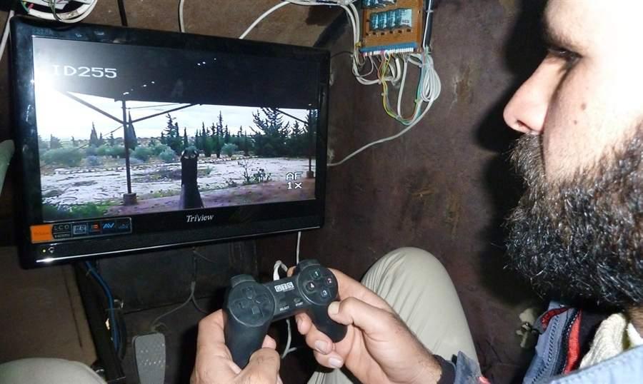 pb-121211-sham-syria-da-03.photoblog900.
