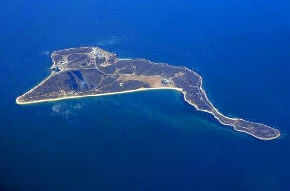plum-island-aerial-best-e1346807309128.