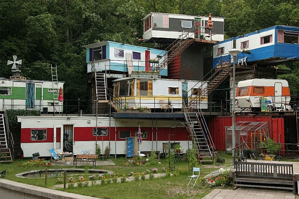 redneck-mansion.