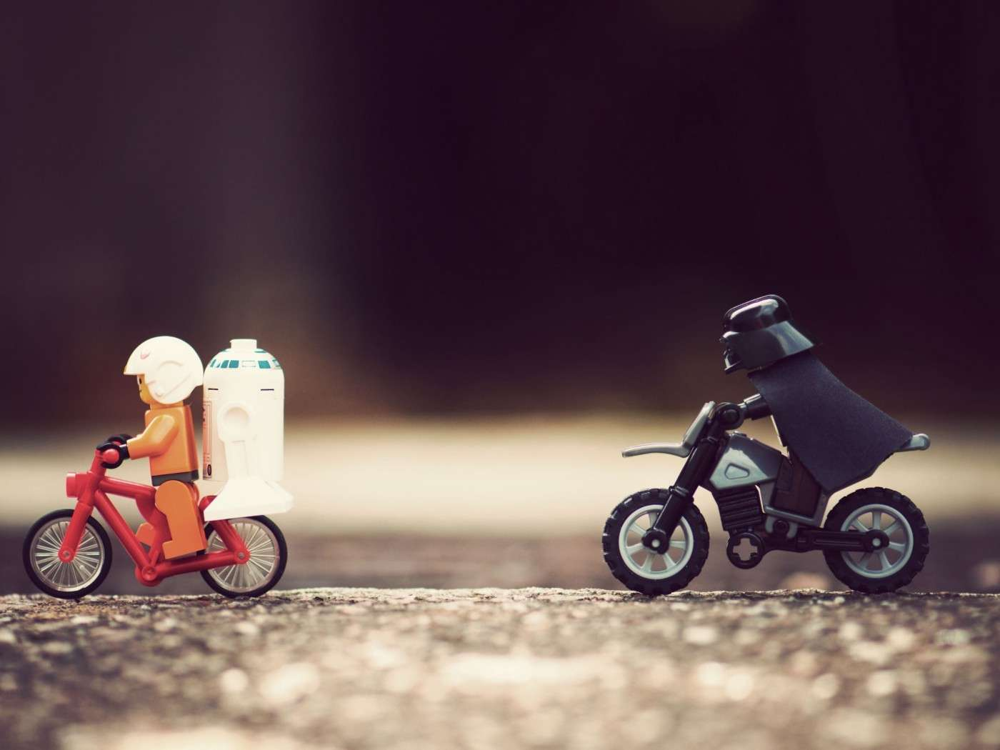 star-wars-troopers-lego-toy-fun-humor-bicycle-bike-darth-vader-other-1050x1400.