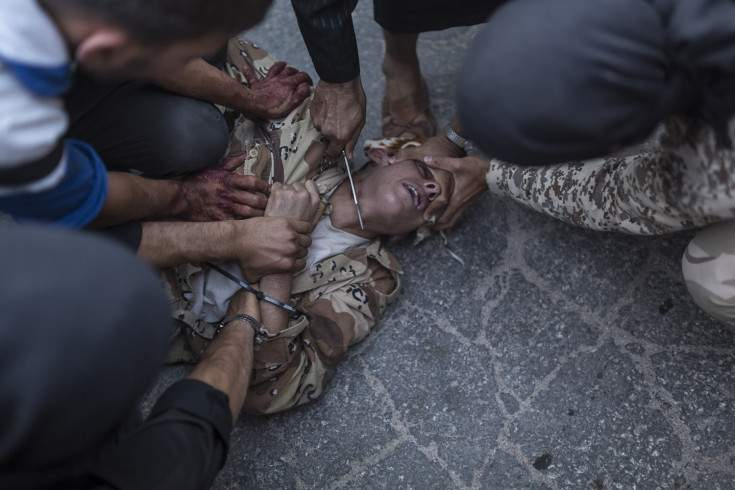 Syrian-Execution-knife-TIME.