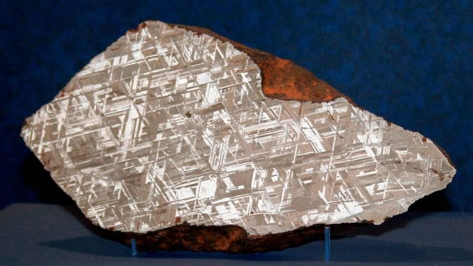 The-strange-Meteorites-Widmanstatten-Pattern.
