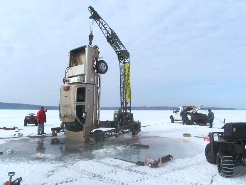 TruckRetrieveTimCollett2012sm.