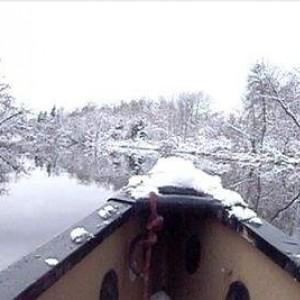 Snow canoe